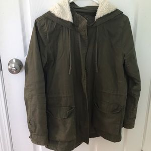 Army green medium weight jacket